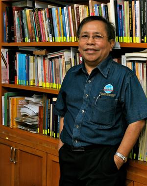 Abdul Rahman Embong